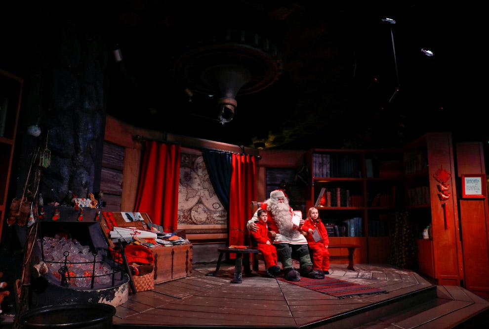3. В деревне Санта Клауса есть отель, номера выглядят соответствующе. (Фото Pawel Kopczynski |