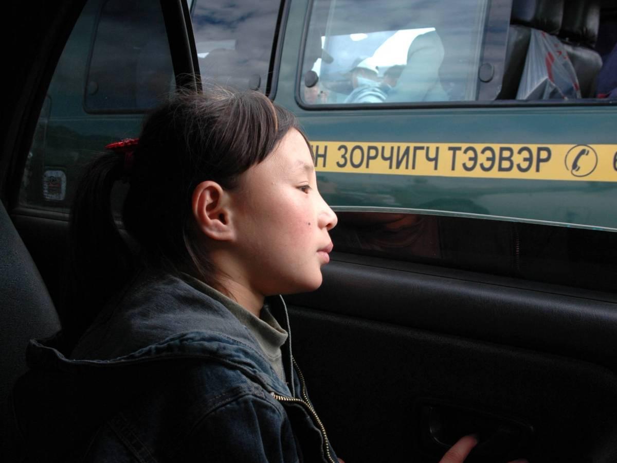 И без того непростая ситуация осложняется еще и тем, что большинство девочек, попавших в школы акроб