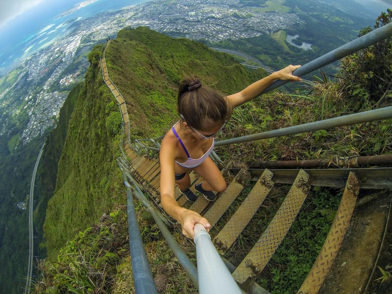 Невозможная лестница в Хуа Шан, Китай