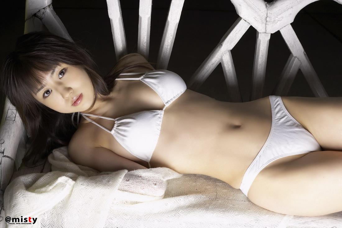 bent over nude big butt girls