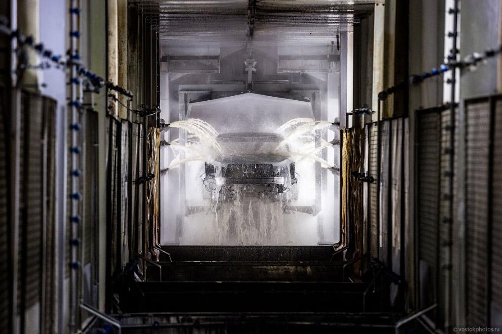 16. Процесс окраски является наиболее сложным в автомобильном производстве, поэтому сюда не пус
