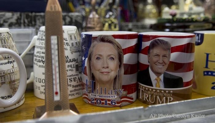 Клинтон сохраняет отрыв отТрампа после возобновления следствия ФБР— опрос