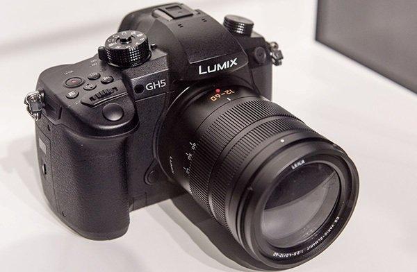 Panasonic презентовала новейшую фотокамеру Lumix GH5