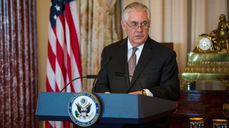 Тиллерсон: санкции США противРФ будут действовать довозврата Крыма