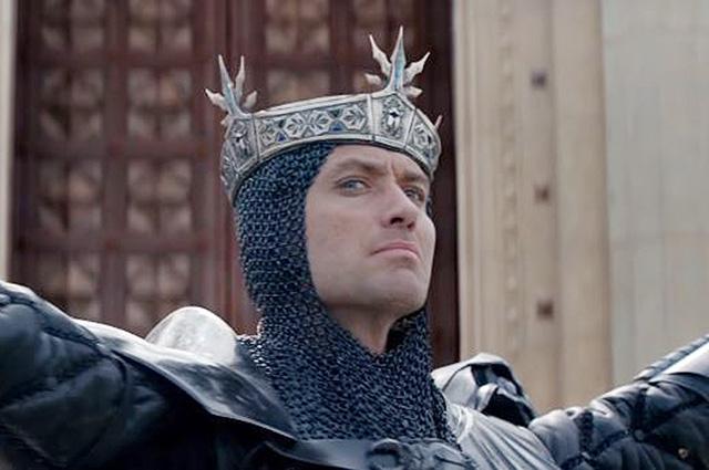 Вглобальной web-сети появился заключительный трейлер фильма «Меч короля Артура»