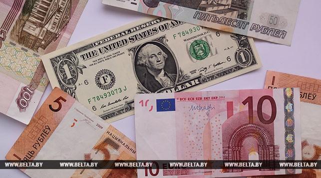 3апреля в Республики Беларусь увеличились курсы доллара иевро