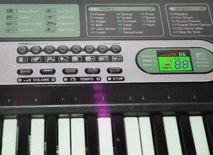 Детский синтезатор на батарейках с микрофоном Electronic Keyboard MQ-6117
