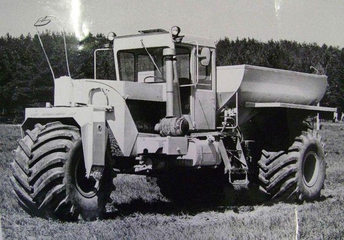 Трехколесная сельскохозяйственная машина МВУ-30
