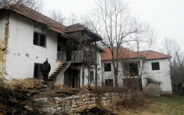 Сербия, Косово, брошенное село