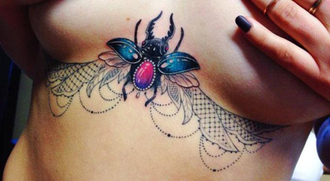 Galeria: Underboob tattoos