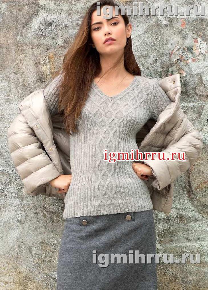 Кашемировый светло-серый пуловер с переплетениями в виде ромбов. Вязание спицами