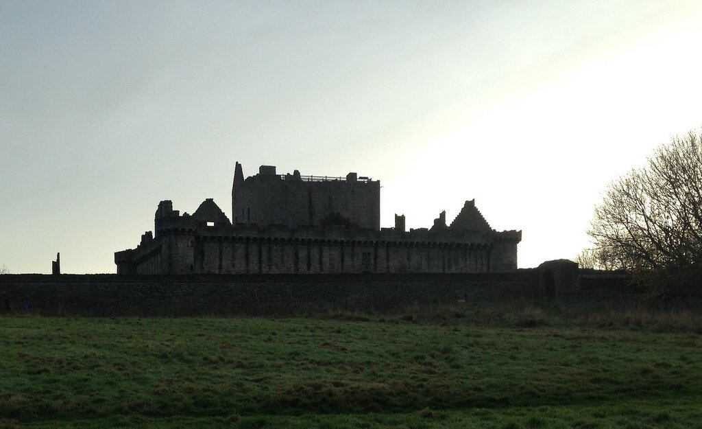 Craigmillar-castle-again.jpeg