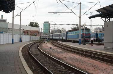 Под Киевом поезд насмерть сбил 10-летнего ребенка, переходившего пути в наушниках, - Нацполиция