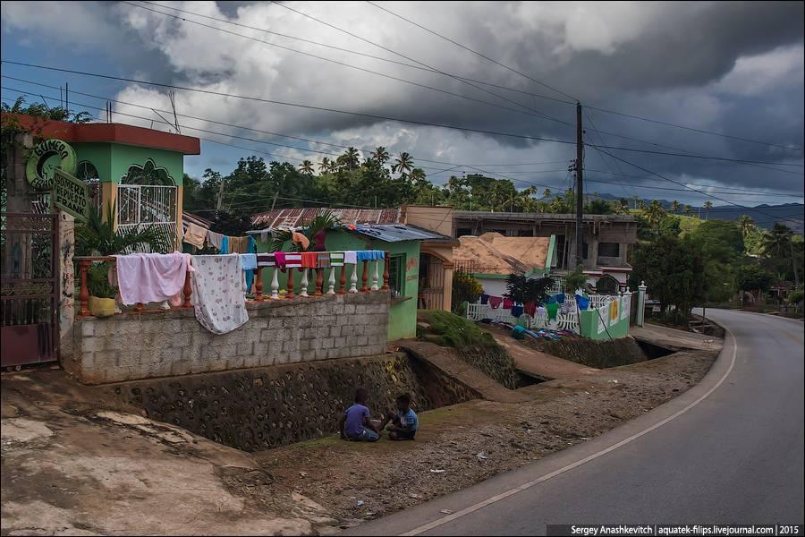 6. Из-за того, что в Доминикане очень высокая влажность, белье сохнет очень плохо и медленно, поэтом