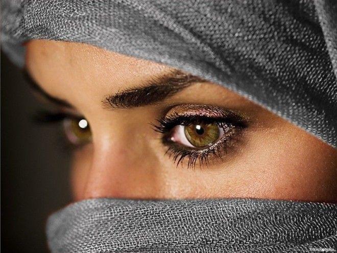 1) В интимных отношениях: для жены недопустимо отказывать мужу, если он пожелает вступить с ней в по