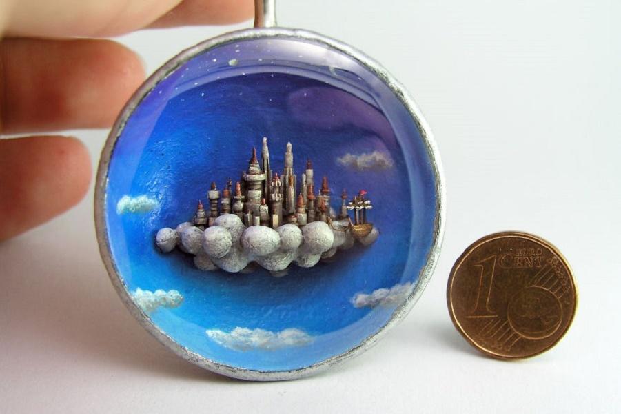 celestial-city-pendant-coin-58cc61b87ad9a__880.jpg