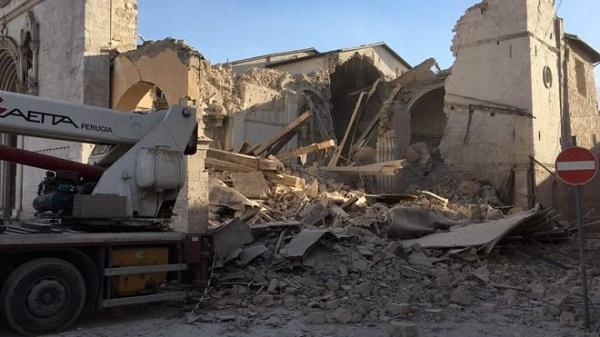Вцентральной части Италии случилось новое мощное землетрясение