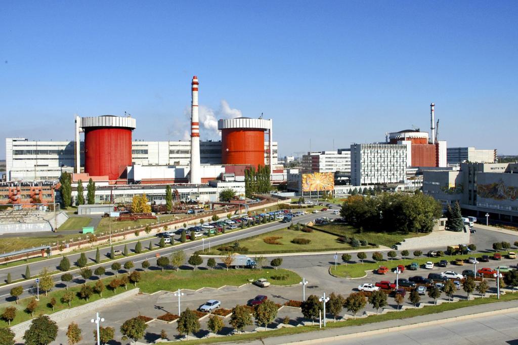 Южно-Украинская АЭС отключила отсети второй энергоблок для проведения ремонта