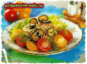Салат из перловки и баклажанов