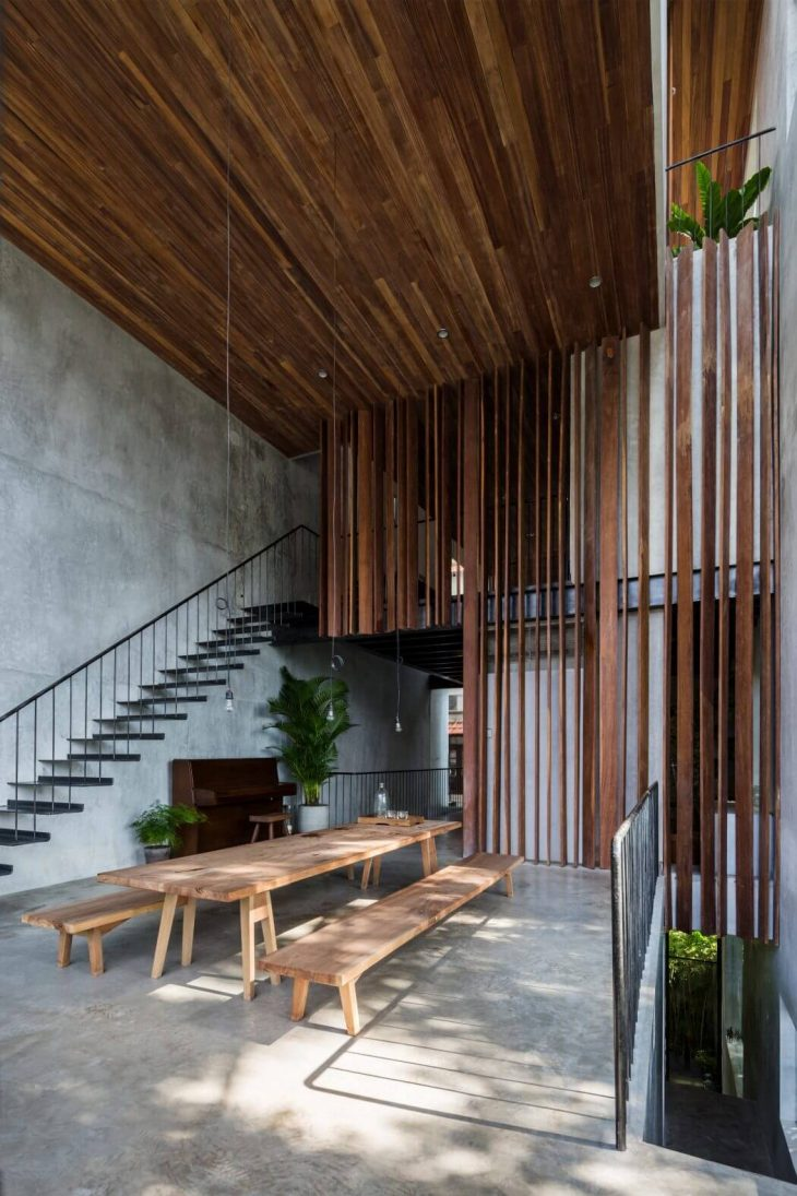 Thong House by Nishizawaarchitects