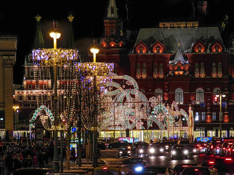 Световое оформление на Тверской улице