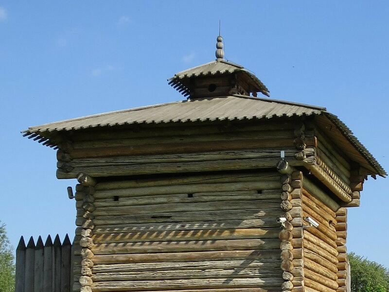 Верхний уровень башни Братского острога со смотрильней