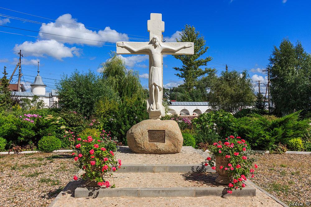 Переславль-Залесский, Никольский женский монастырь, крест