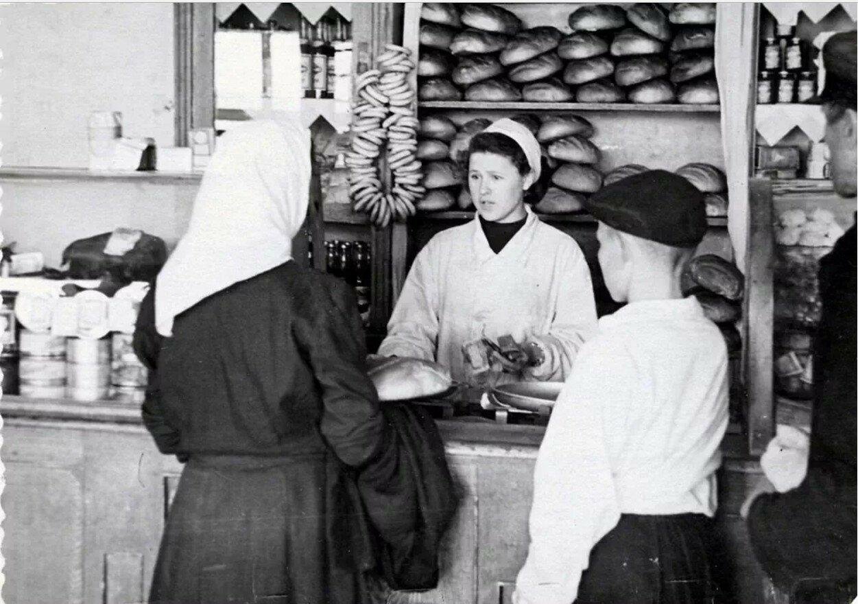 1957. Продовольственный магазинчик на Варшавском шоссе в Покровских выселках