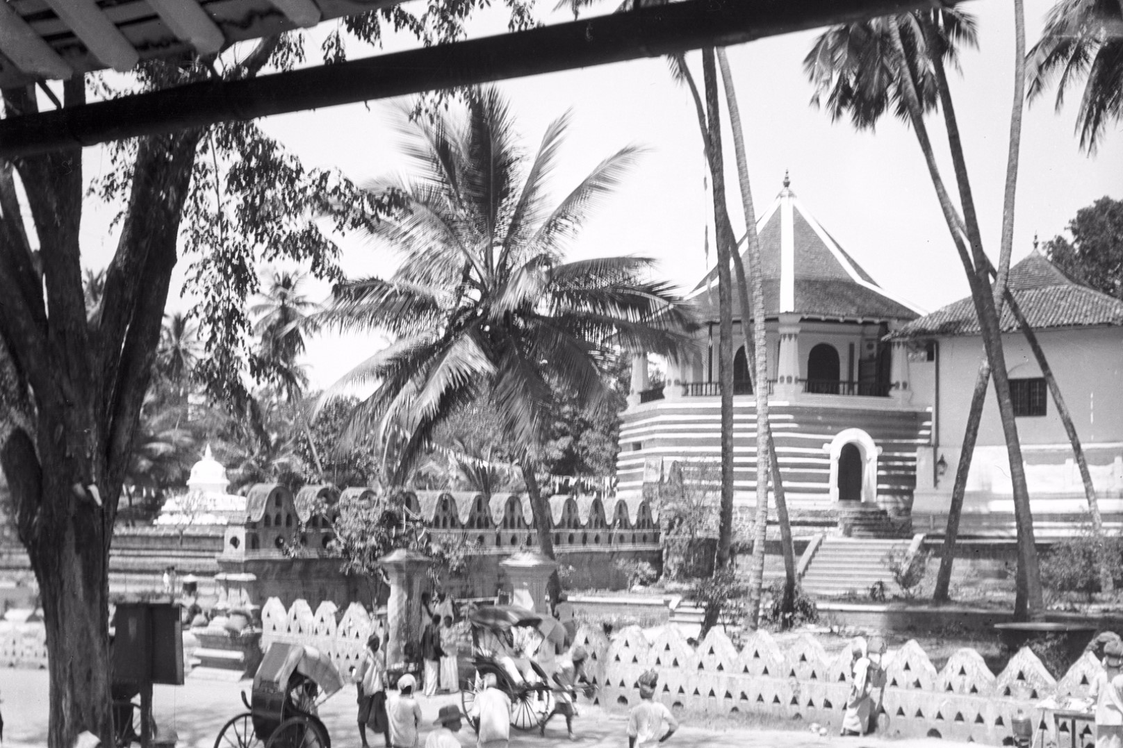 211. Храм Зуба Будды (Шри Далада Малигава) в Канди