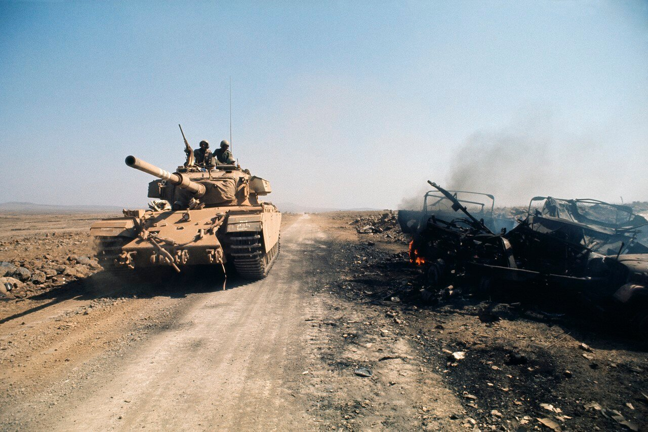 Израильский танк на Голанских высотах