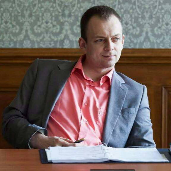 Генпрокурор Луценко объявил выговор и уволил с должности скандального Дмитрия Суса, бабушка которого гоняла на внедорожнике Audi Q7 (документ)