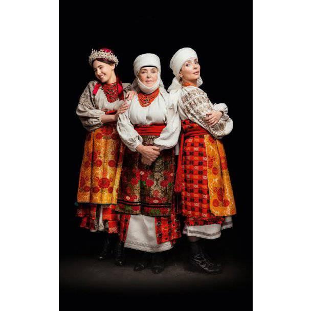 Искренние.Наследие: Ефросинина, Витвицкая,Роговцева, Кароль примерили украинские национальные костюмы (фото)