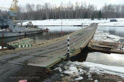 Новый понтонный мост через канал имени Москвы установили в Дубне