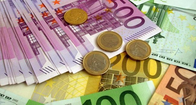 Кандидат впрезиденты Франции предсказывает  скорое исчезновение евро