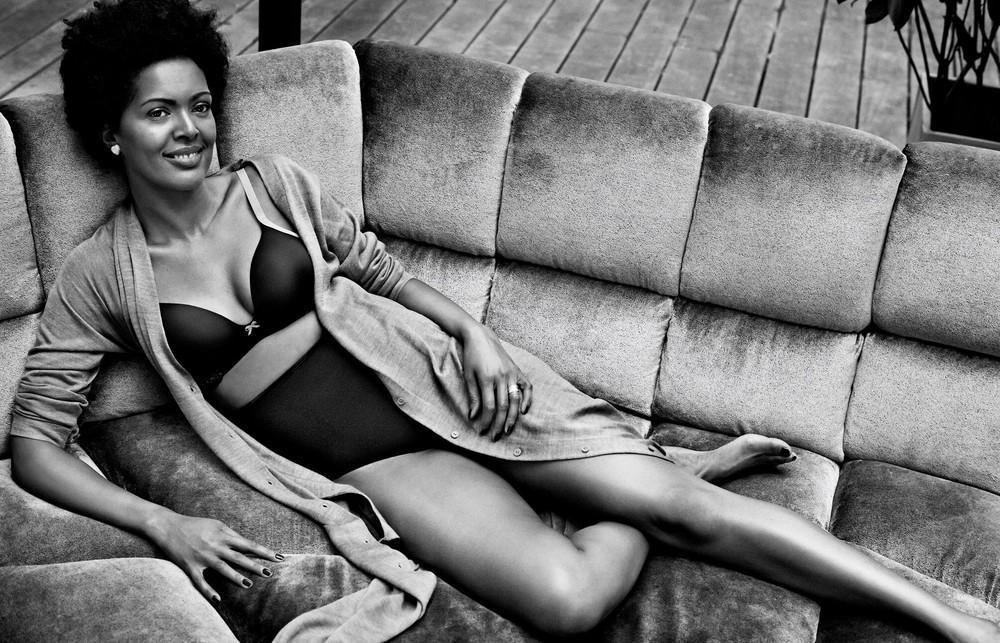 Для рекламы нижнего белья фотограф использовал обычных женщин вместо моделей