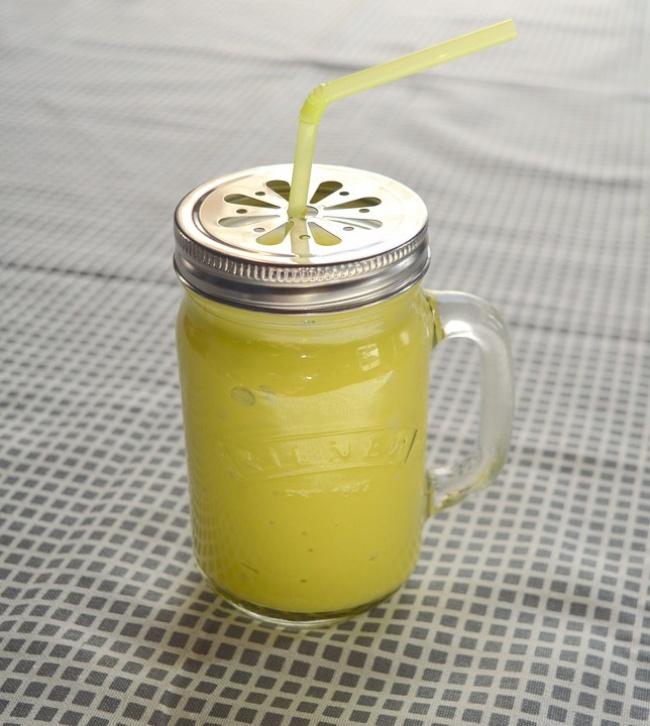 © pixabay  Как приготовить: Положите вблендер: 1стакан нежирного натурального йогурта 1поре