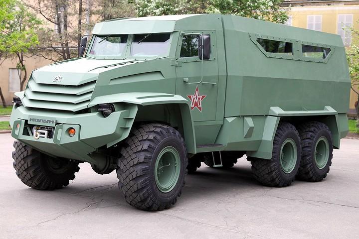 """УАМЗ-4901 """"Торос"""" Армейский внедорожник, был представлен в трех модификациях – баз"""