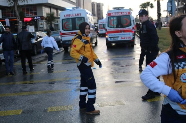 Около здания суда втурецком Измире произошел теракт