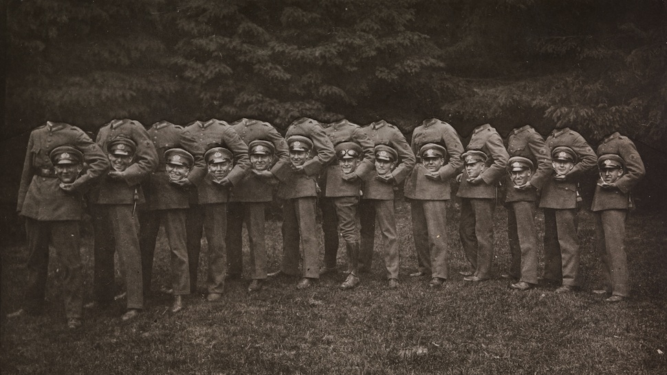 Group of Thirteen Decapitated Soldiers / Unknown / 1910