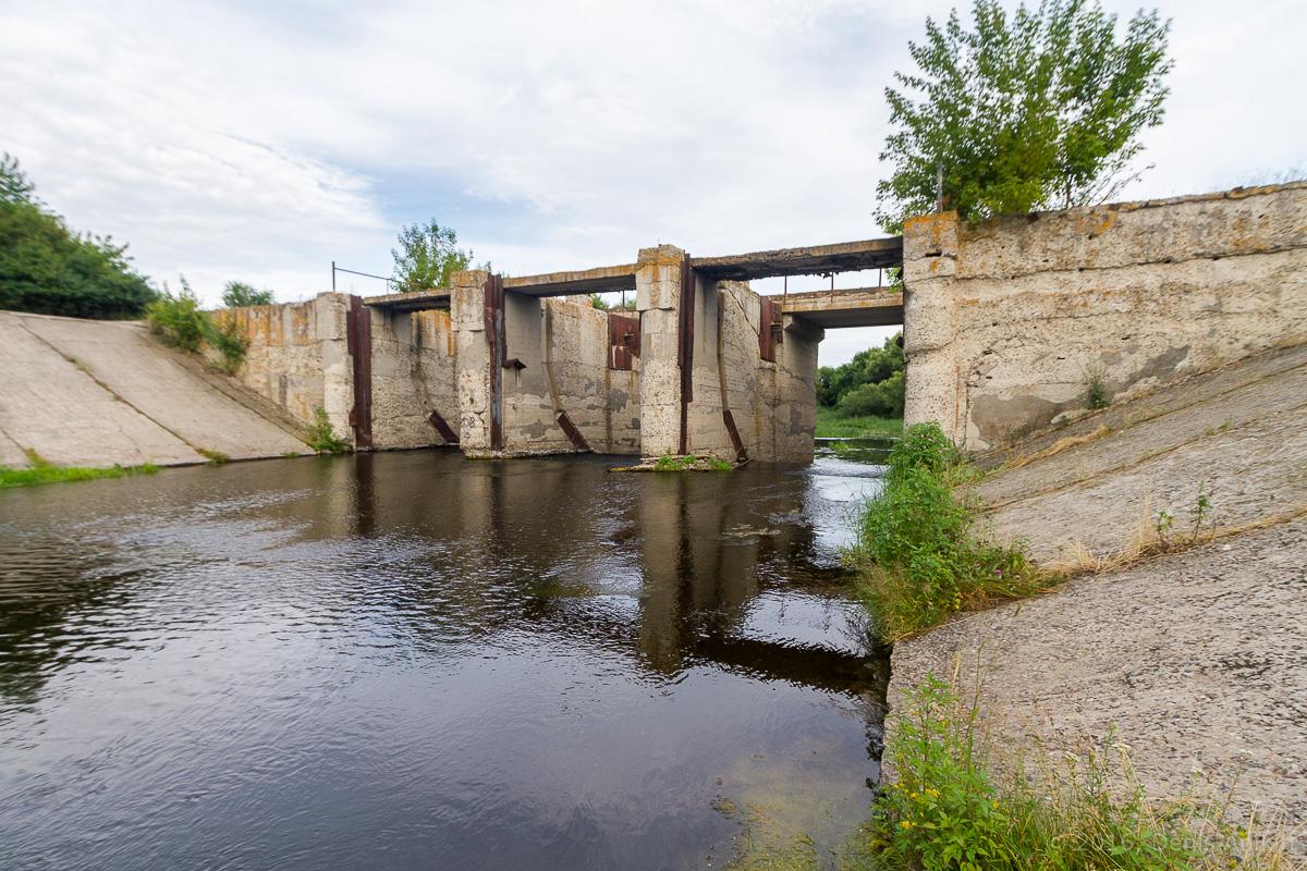 Калининск река Баланда плотина фото 1