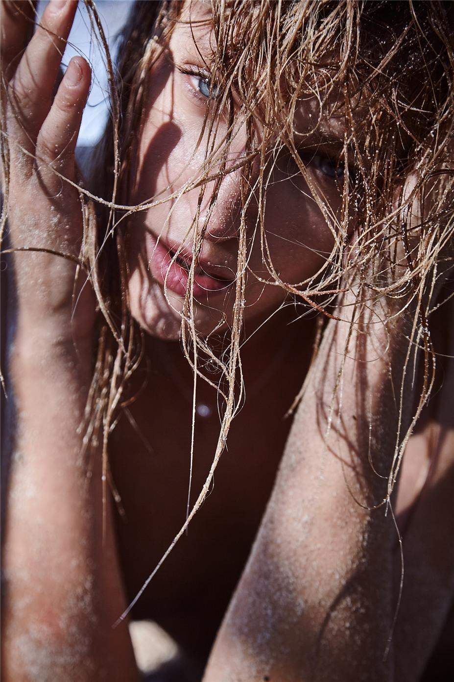 Елена Розенкова - Обнаженные девушки на пляжах Ибицы / Ibiza Nudes by Diane Betties