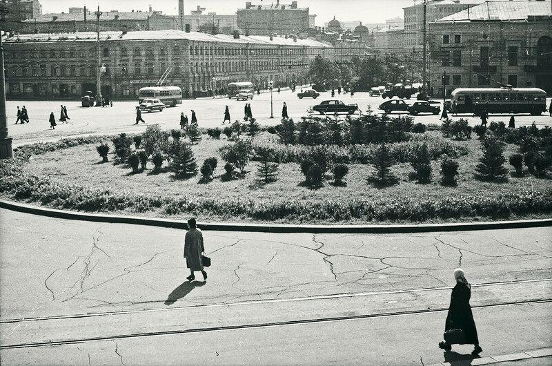556824 Трубная площадь В. Ковригин 1956.jpg