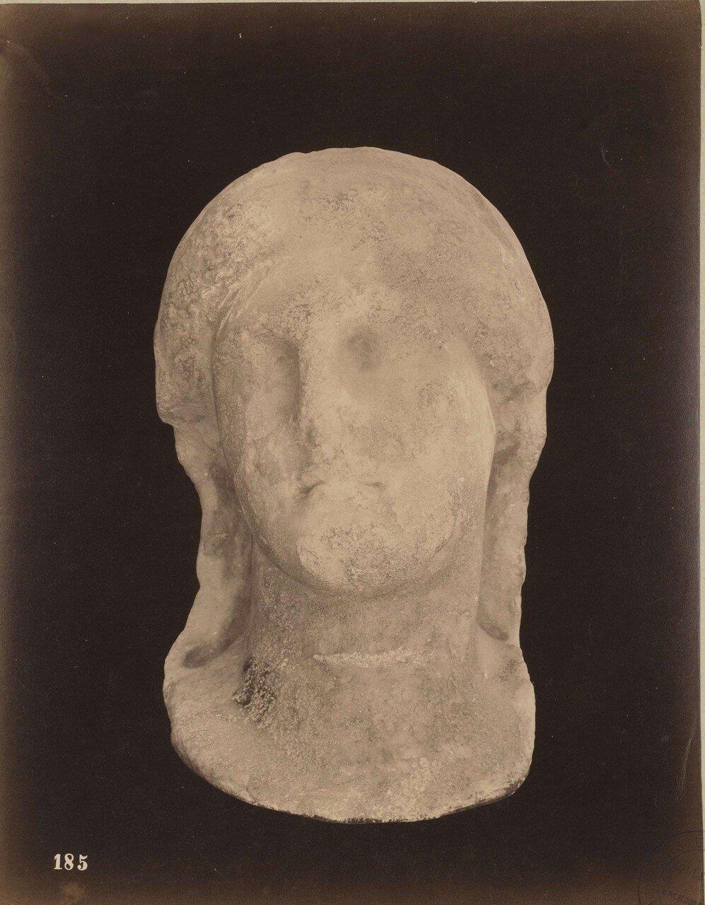 127. Женская голова (фрагмент)