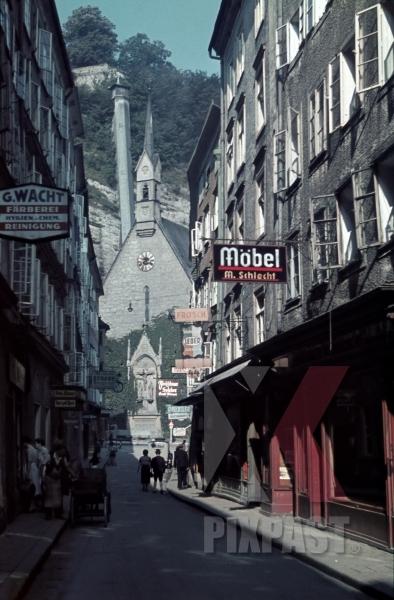 stock-photo-getreidegasse-direction-st-blasius-church-salzburg-austria-1940-13155.jpg