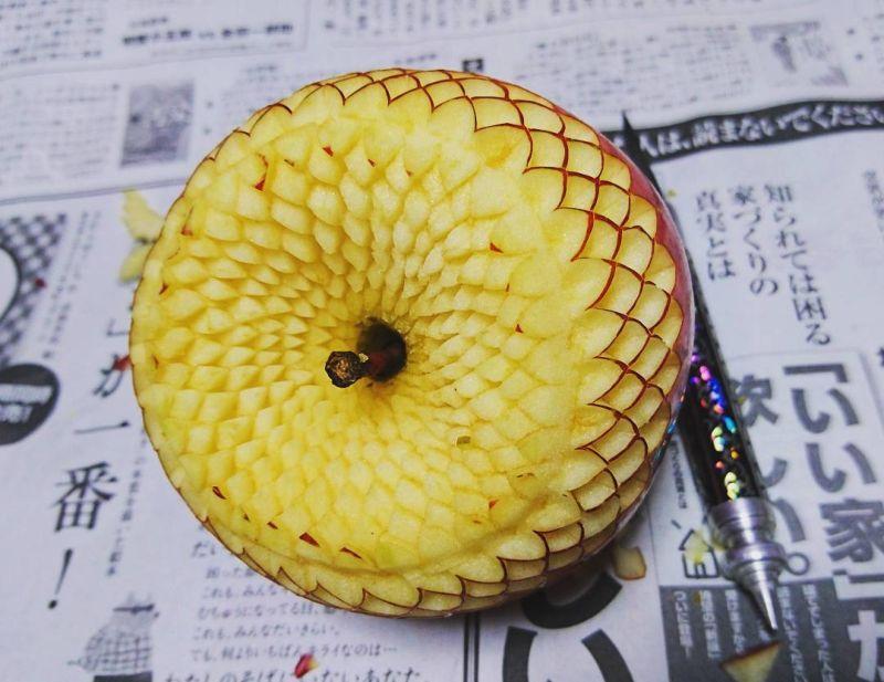 Резьба по овощам и фруктам от японского мастера