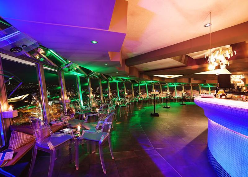 Ресторан НЛО на вершине моста СНП