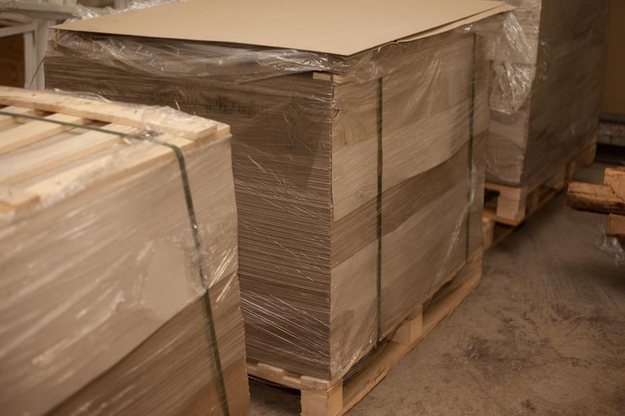 28. Если присмотреться, вы можете увидеть, что эти же формы прекрасно режут не только коробки, но и