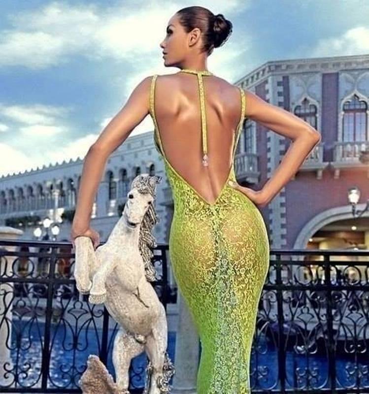 Изысканных платьев пост
