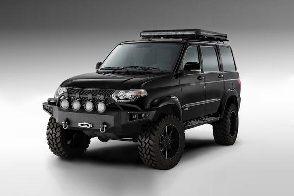 Компания Devolro, которая прокачивает пикапы Toyota Tundra во внедорожники с ценником сотни тысяч до