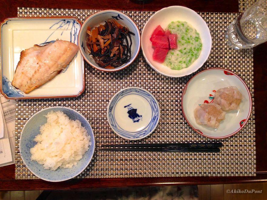 Это типичное меню японца.